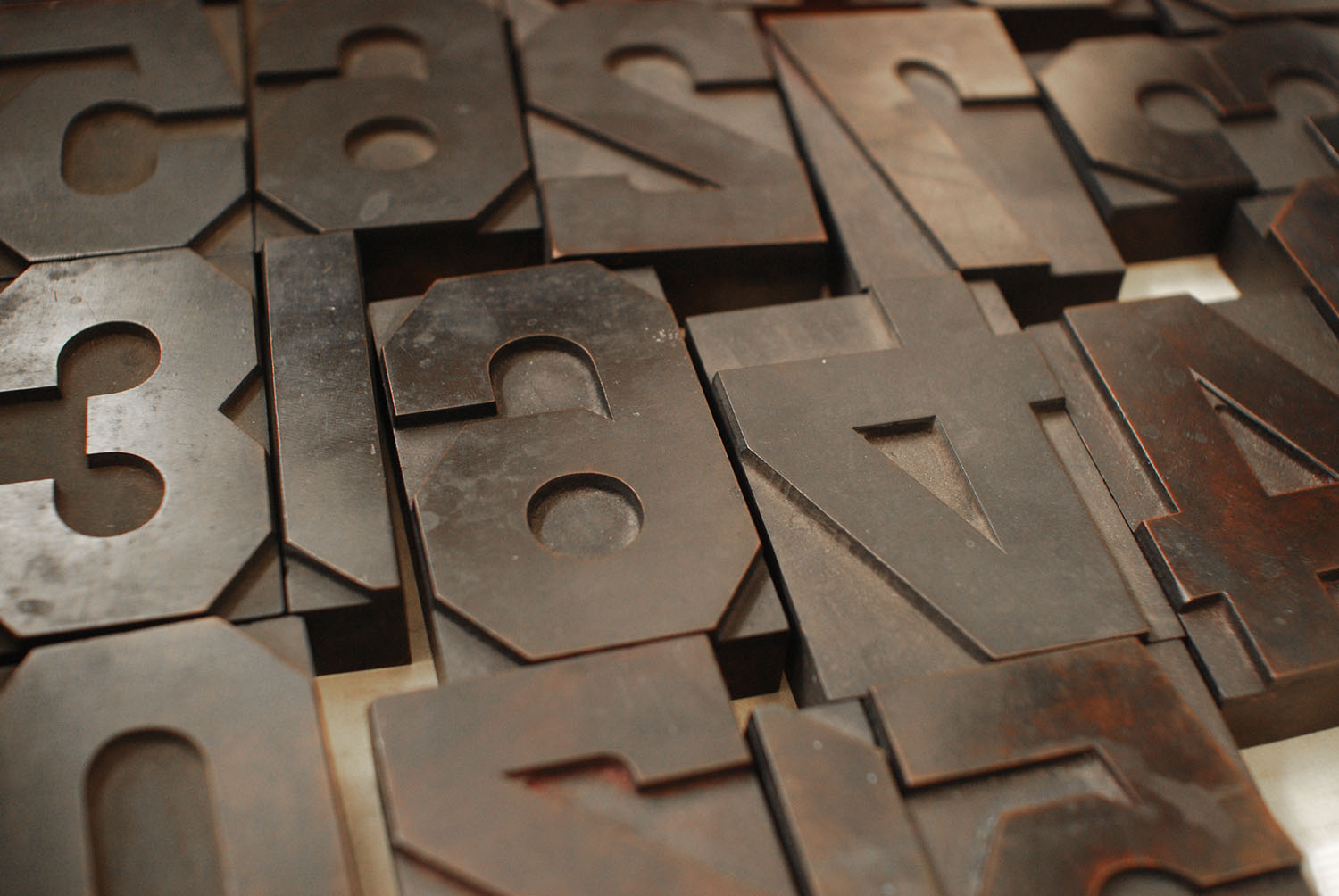 Gothic Lineal Wood Type in a Box